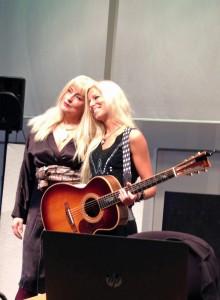 140406 Regina Lund & Nilla Nielsen 02