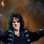 Alice_Cooper_Manchester_2011